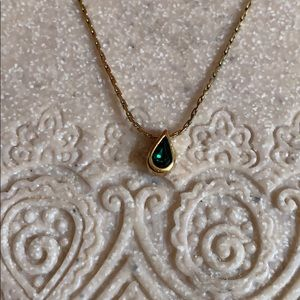 "New Hallmark Accent 8"" necklace emerald crystal"